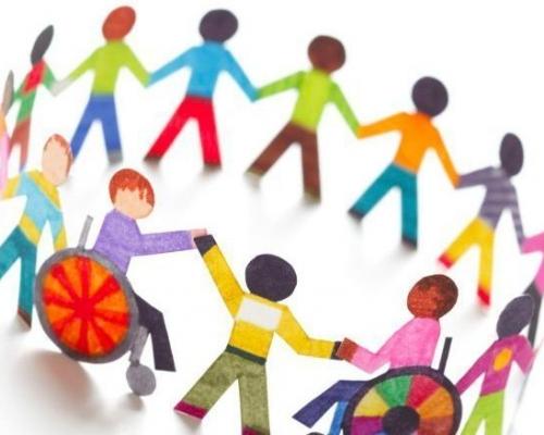 Disegno che rappresenta inclusione, un girotondo di bambini, alcuni di questi con disabilità e in carrozzina